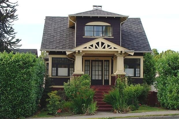 buying an old home vancouver