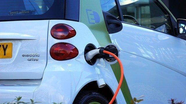 How to Charge Electric Cars at Home