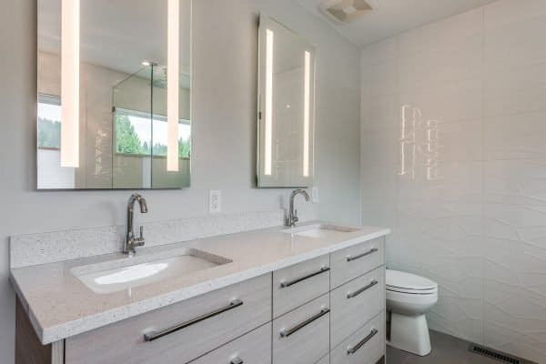 Custom Home New Build North Vancouver - Vancouver Electrician Contractor - bathroom lights